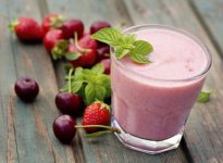 Smoothie de frutos rojos y chia ¡el secreto para estar bella!