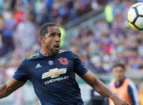 Jean Beausejour renovó con Universidad de Chile hasta 2019